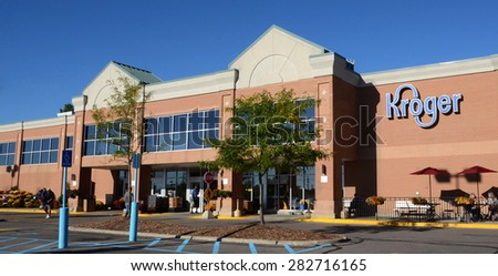 ANN ARBOR, MI - SEPTEMBER 7: Kroger, whose west Ann Arbor store is shown on September 7, 2014, has over 2,600 stores in 31 states. - stock photo