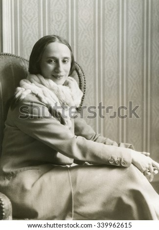 Anna Pavlova, prima ballerina of the Imperial Theatre in St Petersburg. Ca. 1920.