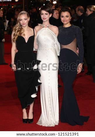 Anne Hathaway, Amanda Seyfried and Samantha Barks arriving for the premiere of 'Les Miserables' at Leicester Square, London. 05/12/2012 Picture by: Alexandra Glen - stock photo