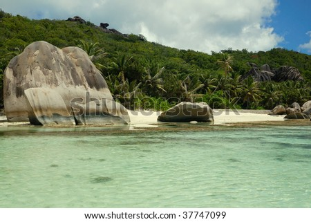 Anse source d'argent rock formation - stock photo