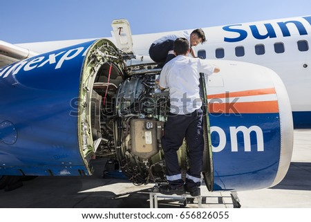 Aircraft Technician Stock Images, Royalty-Free Images & Vectors ...