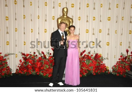 Anthony Dod Mantle and Natalie Portman in the Press Room at the 81st Annual Academy Awards. Kodak Theatre, Hollywood, CA. 02-22-09