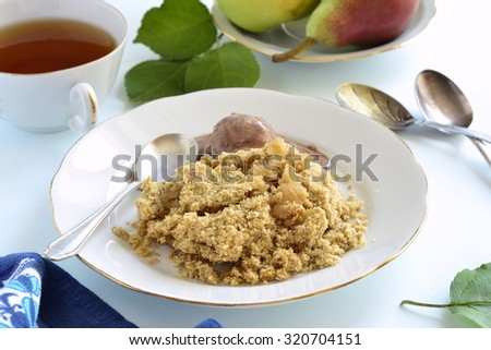 Apple and pear crumble with chocolate ice cream