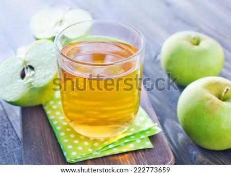 apple juice - stock photo