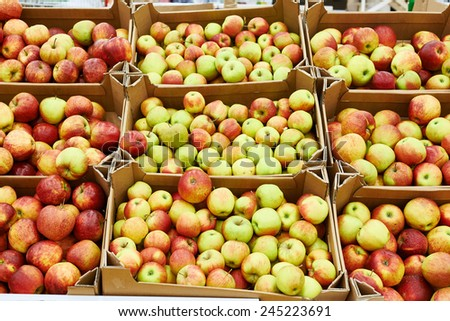 Apples on a shop counter