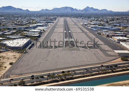 Approach to Scottsdale Airport - stock photo