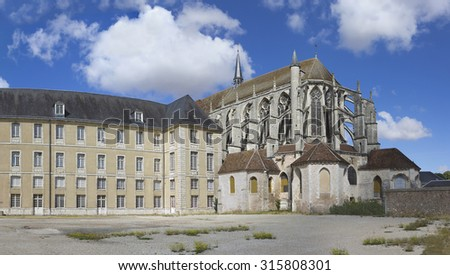 Apse view with chapels of St Pierre church in Chartres, France