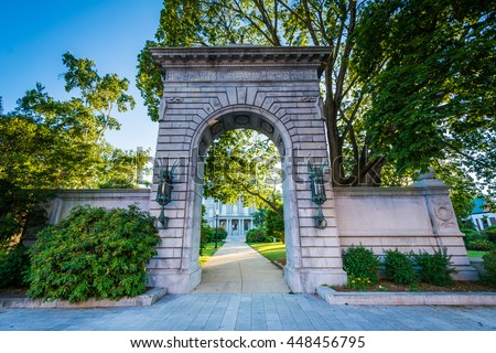 Arch in front of the New Hampshire State House, in Concord, New Hampshire.