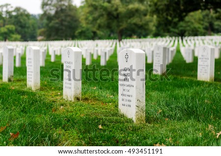 ARLINGTON - SEPTEMBER 20: Gravestones on Arlington National Cemetery on September 20, 2011 in Arlington, Virginia, USA.