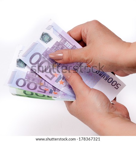 arms counting money