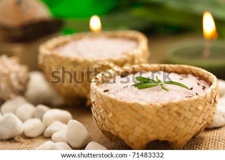 Aromatic bath salt in rustic straw bowls - stock photo