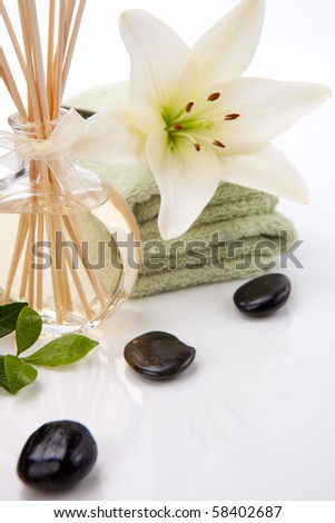 Aromatic spa set - Reed Diffuser and fresh white lily flower.