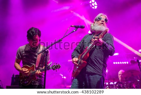 Arrington, VA/USA - 9/4/2014 : Michael Kang and Bill Nershi perform with The String Cheese Incident at LOCKN' Festival in Arrington, VA.