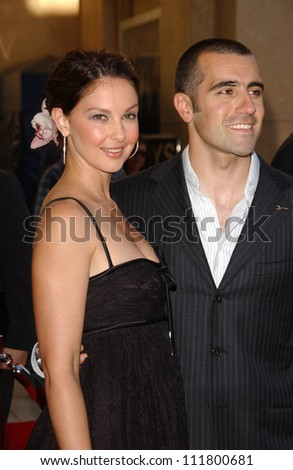 Ashley Judd and Dario Franchitti at the 2007 ESPY Awards. Kodak Theatre, Hollywood, CA. 07-11-07