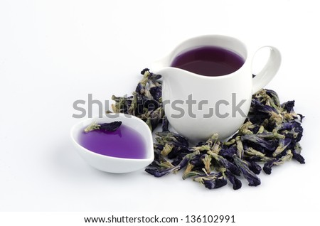 Asian pigeonwings (Clitoria ternatea L.) to dry the tea herbs for health.