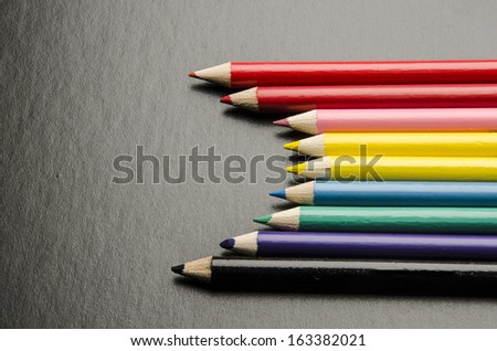 Assortment of colored pencils/Colored Drawing Pencils/Colored drawing pencils in a variety of colors