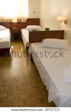 athens greece triple bed room mid price hotel