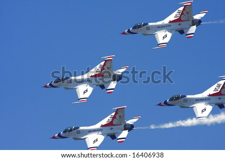 "ATLANTIC CITY - August 20:  Members of the US Air Force Thunderbirds Perform at ""Thunder Over The Boardwalk"" air show August 20 2008 Atlantic City, NJ"