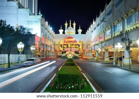 ATLANTIC CITY - SEPTEMBER 8: Trump Taj Mahal September 8, 2012 in Atlantic City, NJ. The casino is one of two casinos owned by Trump Entertainment Resorts and has the city's second largest poker room. - stock photo
