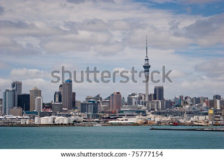 Auckland, the largest city on the North Island of New Zealand, contains the largest population of the country - stock photo