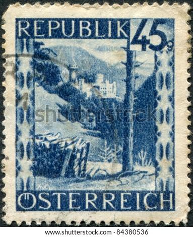AUSTRIA - CIRCA 1946: A stamp printed in Austria, is shown Burg Hartenstein (Hartenstein Castle), circa 1946 - stock photo