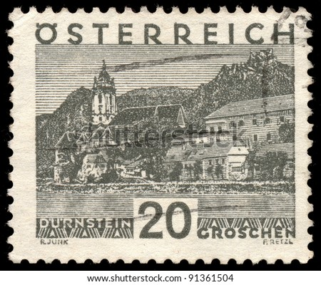 AUSTRIA - CIRCA 1930: A stamp printed in Austria shows Durnstein is a small town on the Danube river, series, circa 1930