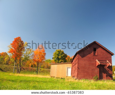 Autumn Barnhouse
