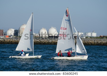 AVEIRO, PORTUGAL - AUGUST 27: Participant boats on the competition during the 49th Cruzeiro da Ria August 27, 2011 in Aveiro, Portugal.