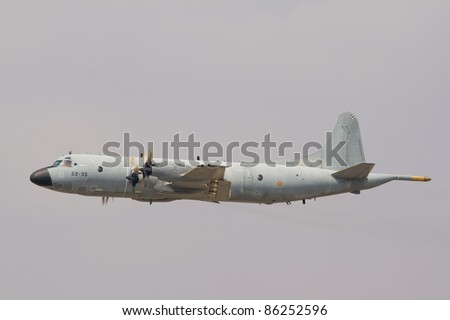 Avi?n militar destinado al combate y otras funciones b?licas - Military aircraft assigned to the combat and other warlike functions - stock photo