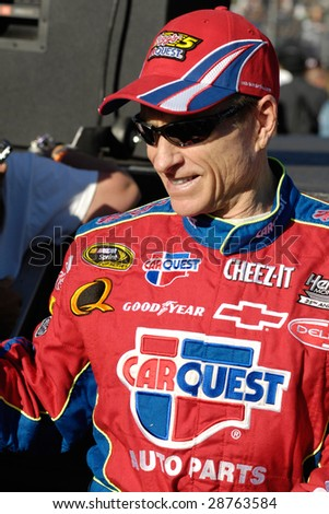 AVONDALE, AZ - APRIL 18: Mark Martin #5 is introduced before going on to win the NASCAR Sprint Cup race at the Phoenix International Raceway on April 18, 2009 in Avondale, AZ.