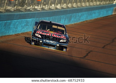 AVONDALE, AZ - NOV 12: Kasey Kahne (83) takes qualifying laps for the Kobalt Tools 500 race on Nov 12, 2010 at the Phoenix International Raceway in Avondale, AZ.