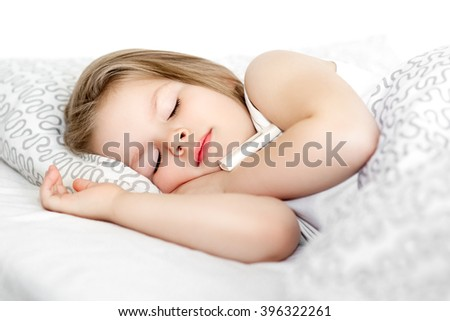 baby sleeps in bed sick