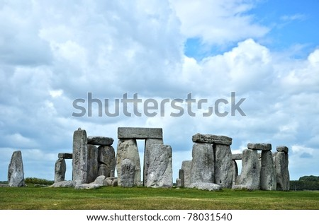 baby with mother in stonehenge