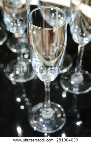 background champagne glasses