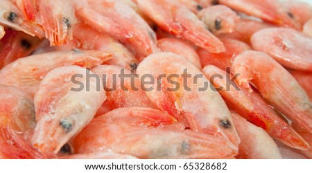 background of fresh prawns for sale at a fish market