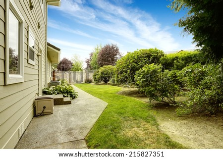 Backyard garden. Walkout deck. Real estate in Federal Way, WA - stock photo