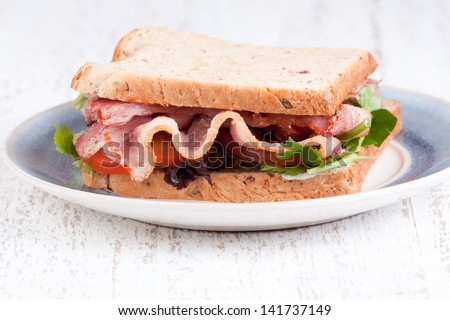 bacon sandwich with brown bred