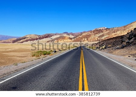 Badwater Road in Deat Valley National Park