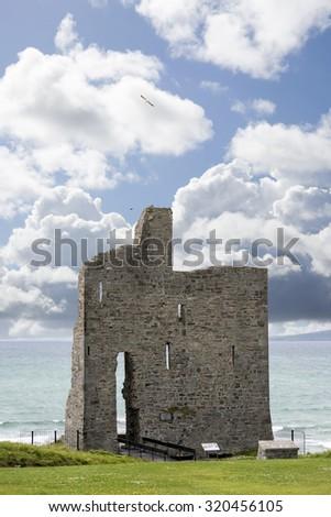 ballybunion castle on the wild atlantic way in county kerry ireland - stock photo
