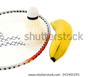 Banana improves energy when playing badminton.
