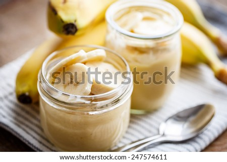 Banana pudding for breakfast - stock photo