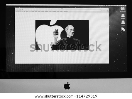 BANGKOK - OCTOBER 5 : Apple website display one year memorial of Steve Jobs who die on October 5, 2011 with photo of him on their home page on Apple computer screen. October 5, 2012 in Bangkok - stock photo