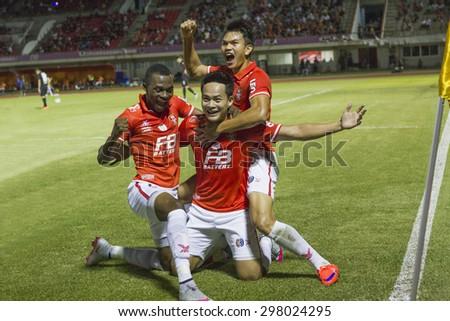 BANGKOK,THAILAND:JUNE 2015:(DF)Peerapat No.2of BEC-Tero Goals scoreless;BEC-Tero Sasana-SCG Muangthong United at 72nd Anniversary Stadium;inThai Premier League on18July2015,Bangkok Thailand. - stock photo