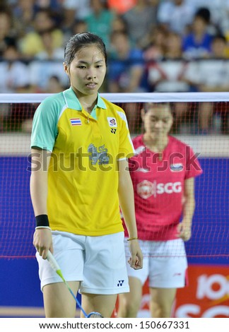 BANGKOK,THAILAND-JUNE9,2013:Ratchanok Intanon (R) badminton player of Thailand during Badminton Thailand Open Championship 2013 at Nimibutr National Indoor Stadium on Jun9,2013 in Bangkok,Thailand