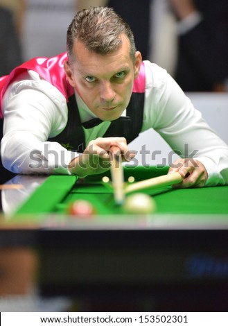 Bangkok, Thailand - SEP 7:Mark Davis of England in action during Sangsom Six-red World Championship 2013 at Montien Riverside Hotel on September 7, 2013 in Bangkok, Thailand.