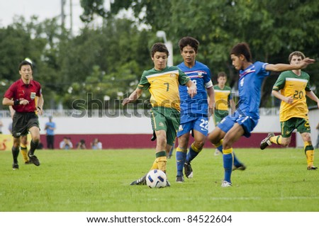 BANGKOK, THAILAND - SEPTEMBER 12 : D.Siva (Y) in action during AFC U16 Championship 201, between Thailand vs Australia on September 12, 2011 at Thebhussadin Stadium in Bangkok, Thailand