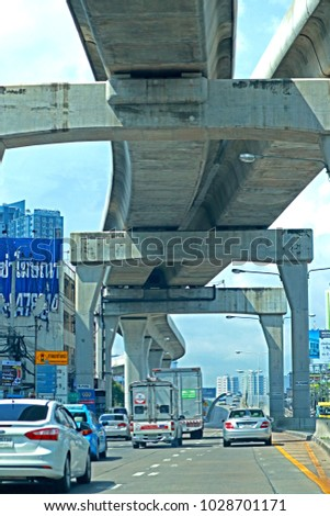 BANGKOK-THAILAND-SEPTEMBER 9 : The Concrete Highway in the city, September 9, 2017 Bangkok, Thailand