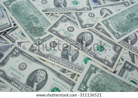 banknotes to two and one hundred USD