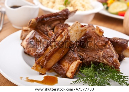 barbecue spare ribs on a plate