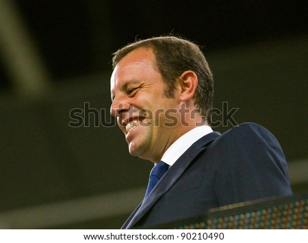 BARCELONA - AUGUST 17: Sandro Rosell, president of FC Barcelona, during the Spanish Super Cup final match between FC Barcelona and Real Madrid, 3 - 2, on August 17, 2011 in Barcelona, Spain.